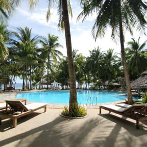 Coco Grove Beach Resort in Siquijor: Swimming Pool