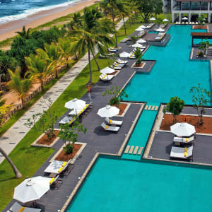 Centara Ceysands Resort & Spa Sri Lanka in Bentota: Swimming pool