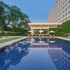 The Oberoi in Delhi: Swimming Pool