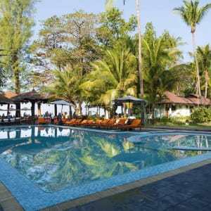 Thande Beach Hotel in Ngapali: Swimming Pool