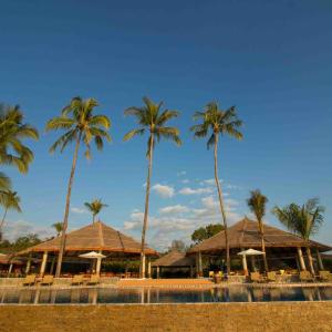 Pristine Mermaid Resort in Ngapali: Swimming Pool