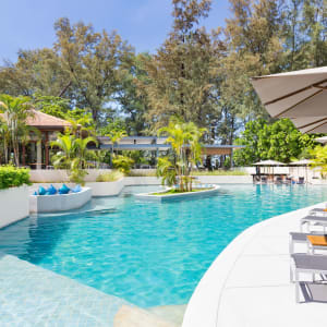 Dewa Phuket: Swimming Pool & Lobby