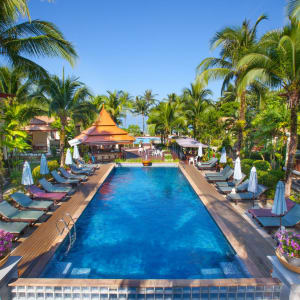 Khao Lak Bayfront Resort: Upper Pool
