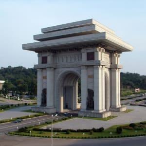 Nordkorea Kompakt ab Pyongyang: Pyongyang Arch of Triumph