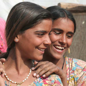 Triangle d'Or de Delhi: Rajasthan: Two Village Girls