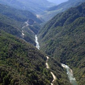 Au pays du Dragon tonnerre de Paro: River in Bhutan