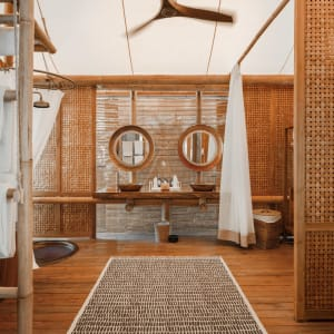Bawah Reserve: Beach Suite | coziness and warmth bathroom