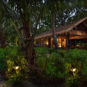 Zeavola Resort à Ko Phi Phi: Beachfront Suite