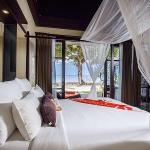 New Star Resort à Ko Samui: Beachfront Villa | Bedroom