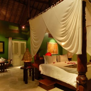 Tugu Lombok: Bhagavat Gita Suite