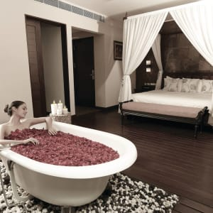 Radisson Blu Resort Temple Bay in Mahabalipuram: Chalet Garden View / Bay Room