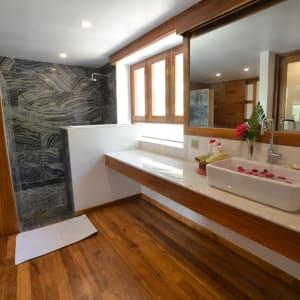 Popa Garden Resort à Bagan: Deluxe Balcony   Bathroom