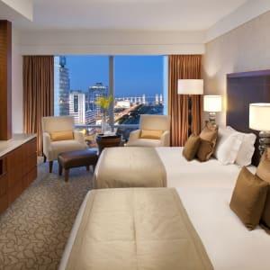 Mandarin Oriental Macau à Macao: Deluxe Bay View