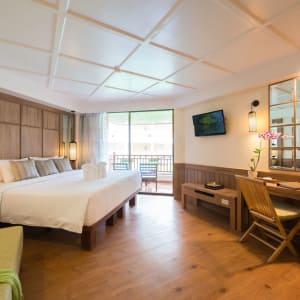 Katathani Phuket Beach Resort: Deluxe (Bhuri Wing)