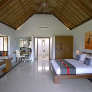 Siddhartha Ocean Front Resort & Spa in Ostbali: Deluxe Bungalow