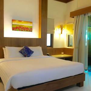 Tup Kaek Sunset Beach Resort à Krabi: Deluxe Jacuzzi