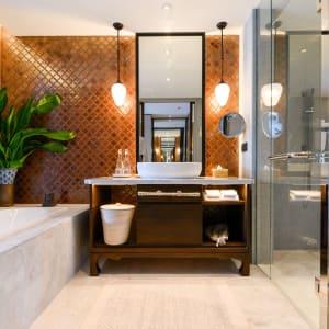 JW Marriott Khao Lak Resort & Spa: Deluxe Lagoon Pool View | Bathroom