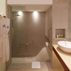 Outrigger Laguna Phuket Beach Resort: Deluxe Lagoon | Sea View | Bathroom