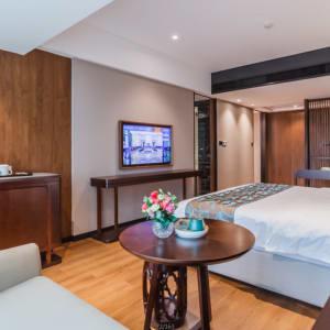 Jolie Vue Boutique Hotel in Guilin:  Deluxe room
