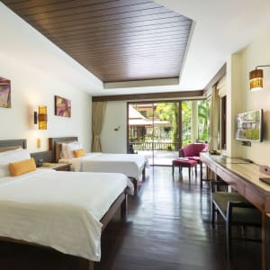 Khao Lak Bayfront Resort: Deluxe Twin room
