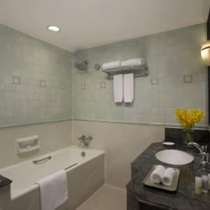 Orchard Rendezvous à Singapour: Family Room 3   Bathroom