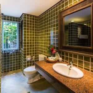 Fair House Beach Resort & Hotel à Ko Samui: Family Suite | Bathroom