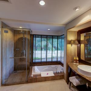 Layana Resort & Spa in Ko Lanta: Garden Pavilion | Bathroom