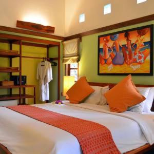 Cocotinos in Lombok: Garden Room Ocean/Poolview   Garden Room Gardenview