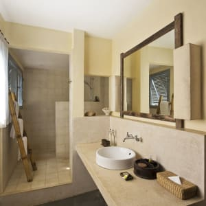 Knai Bang Chatt in Kep:  Garden View | Bathroom