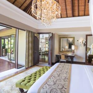 The St. Regis Bali Resort in Südbali: Gardenia Villa | Bedroom