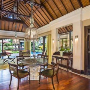 The St. Regis Bali Resort in Südbali: Gardenia Villa | Living Room