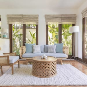 The Pavilions Bali in Südbali: Honeymoon Pool Villa | Living room