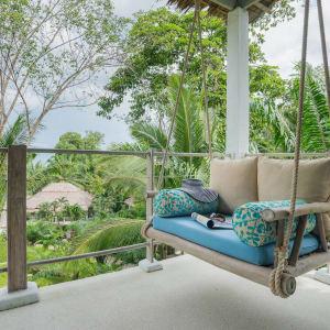 Paradise Koh Yao in Ko Yao: Jacuzzi Studio | Terrace Swing