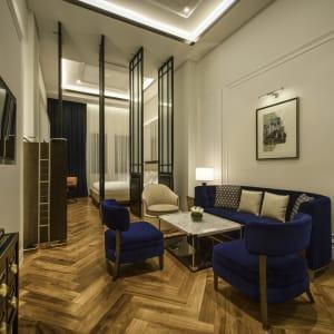 Yangon Excelsior: Junior Suite