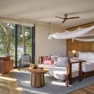 Six Senses Krabey Island à Sihanoukville & Îles: Ocean Pool Villa | bedroom