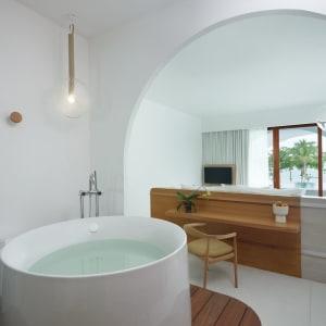 SALA Samui Chaweng Beach Resort in Ko Samui: Oceanfront Balcony Pool Suite