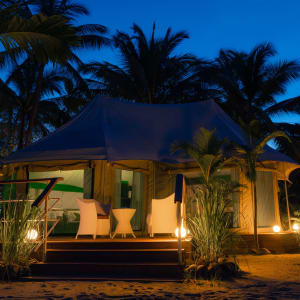 4 Rivers Floating Lodge Package de Phnom Penh: room: On-Land Family Tent