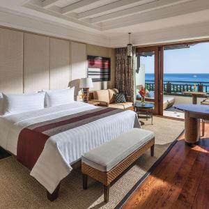 Shangri-La's Boracay Resort & Spa: Premier Seaview