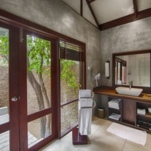 Jungle Beach by Uga Escapes in Trincomalee: Rain showers and Luxury Amentities