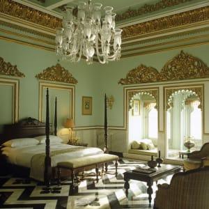 Taj Lake Palace in Udaipur: Sarva Ritu Suite