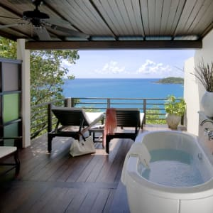The Tongsai Bay in Ko Samui: Seafront Cottage   terrace