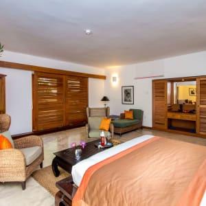 Aditya Resort in Hikkaduwa: Shanthi Suite (Courtyard View) | Bedroom