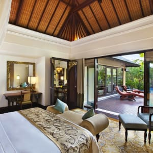 The St. Regis Bali Resort in Südbali: St. Regis Lagoon Villa | Bedroom