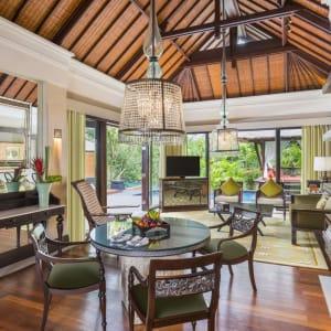The St. Regis Bali Resort in Südbali: St. Regis Lagoon Villa | Living Room