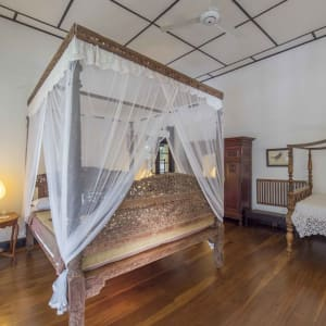 Horathapola Coconut Estate in Yakvila: Standard | Maha Camare Master Bed Room