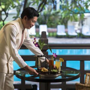 Raffles Hotel Le Royal à Phnom Penh: State Pool View Room