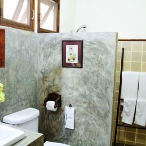 Shewe Wana Boutique Resort & Spa in Chiang Mai: Superior Bathroom