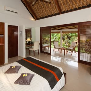Siddhartha Ocean Front Resort & Spa in Ostbali: Superior Bungalow