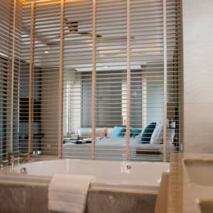 Layana Resort & Spa in Ko Lanta: Terrace Suite | Bathroom