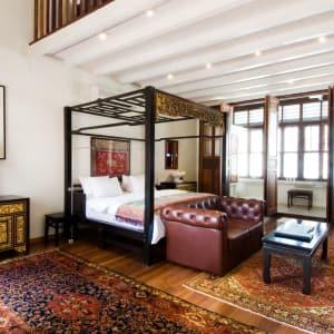 Seven Terraces à Penang: Terraced Duplex Suite | King Bed
